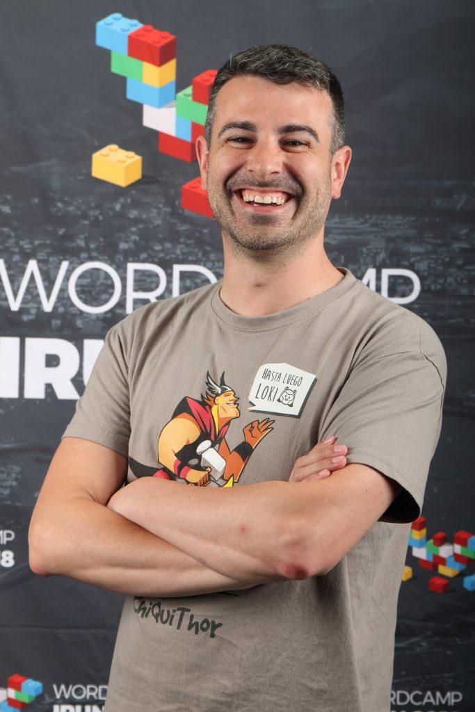 Javier Casares